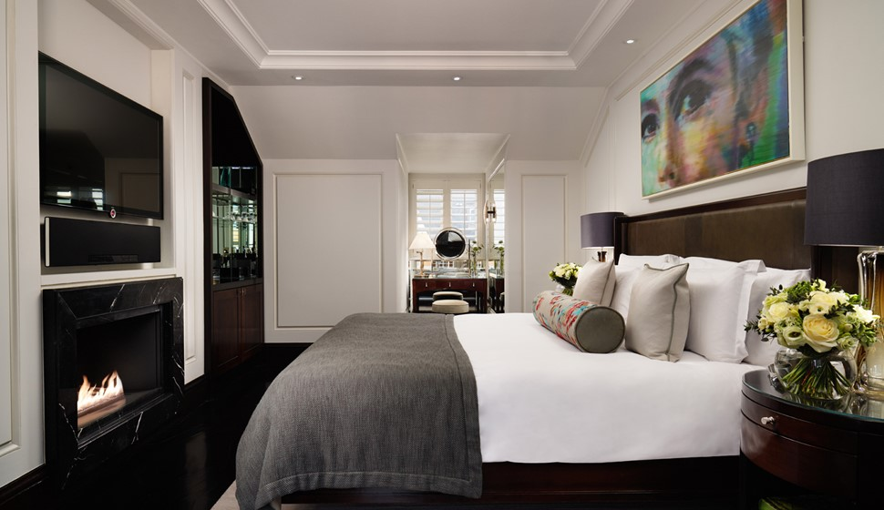 Corinthia London Actor's penthouse bedroom