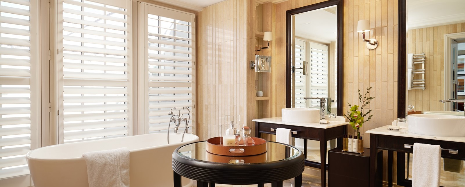 corinthia london explorers bathroom