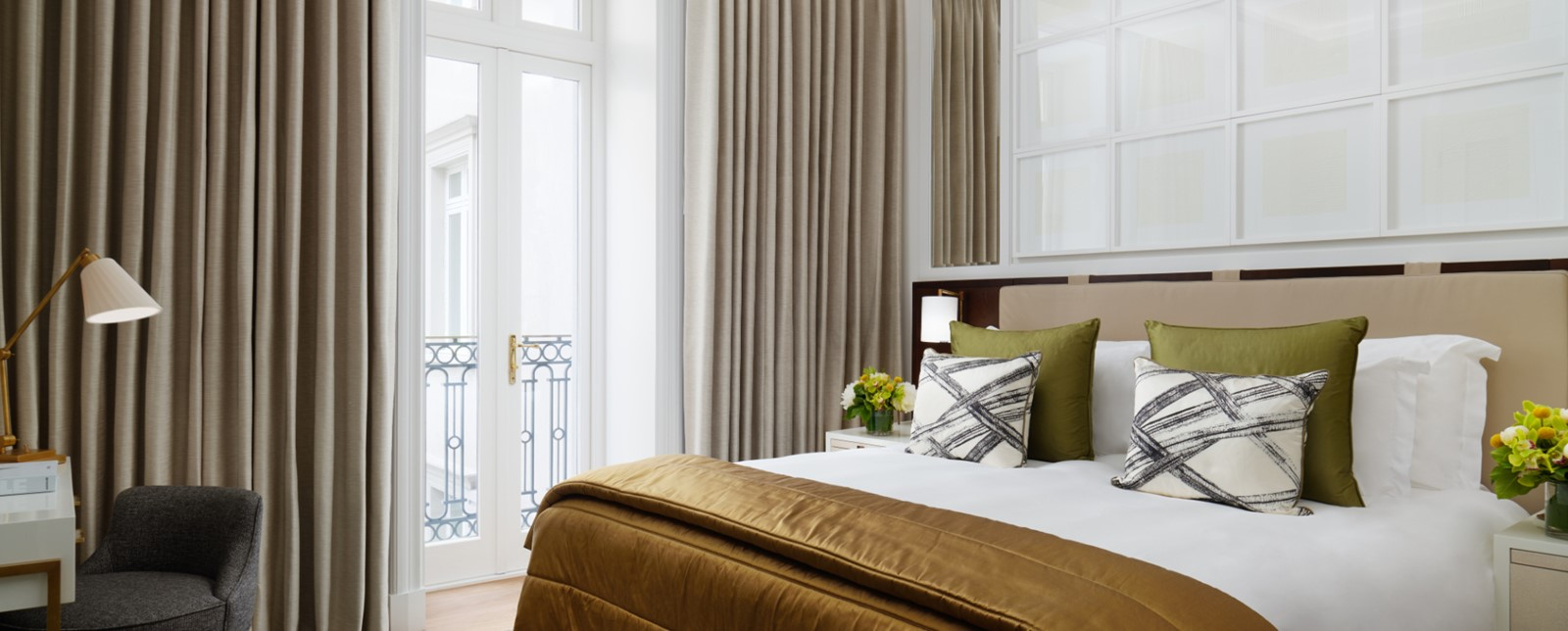corinthia ldon garden suite bedroom