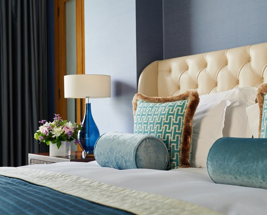 Corinthia London River Suite Bettseite