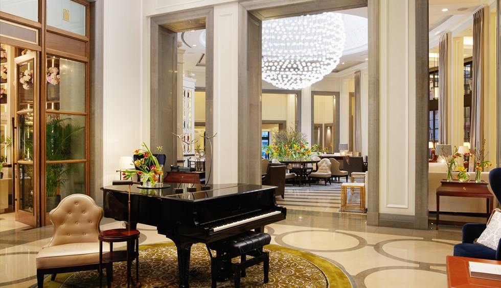 corinthia london crystal moon lounge