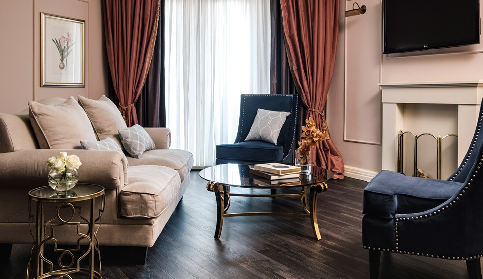 Corinthia Palace Executive Suite living room