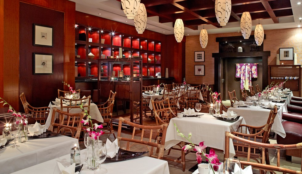 Corinthia Prague Rickshaw restaurant tables