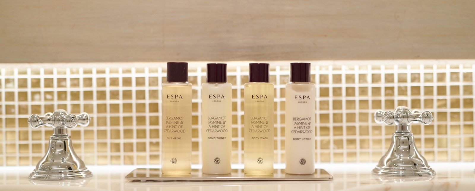 corinthia lisbon deluxe queen bathroom products