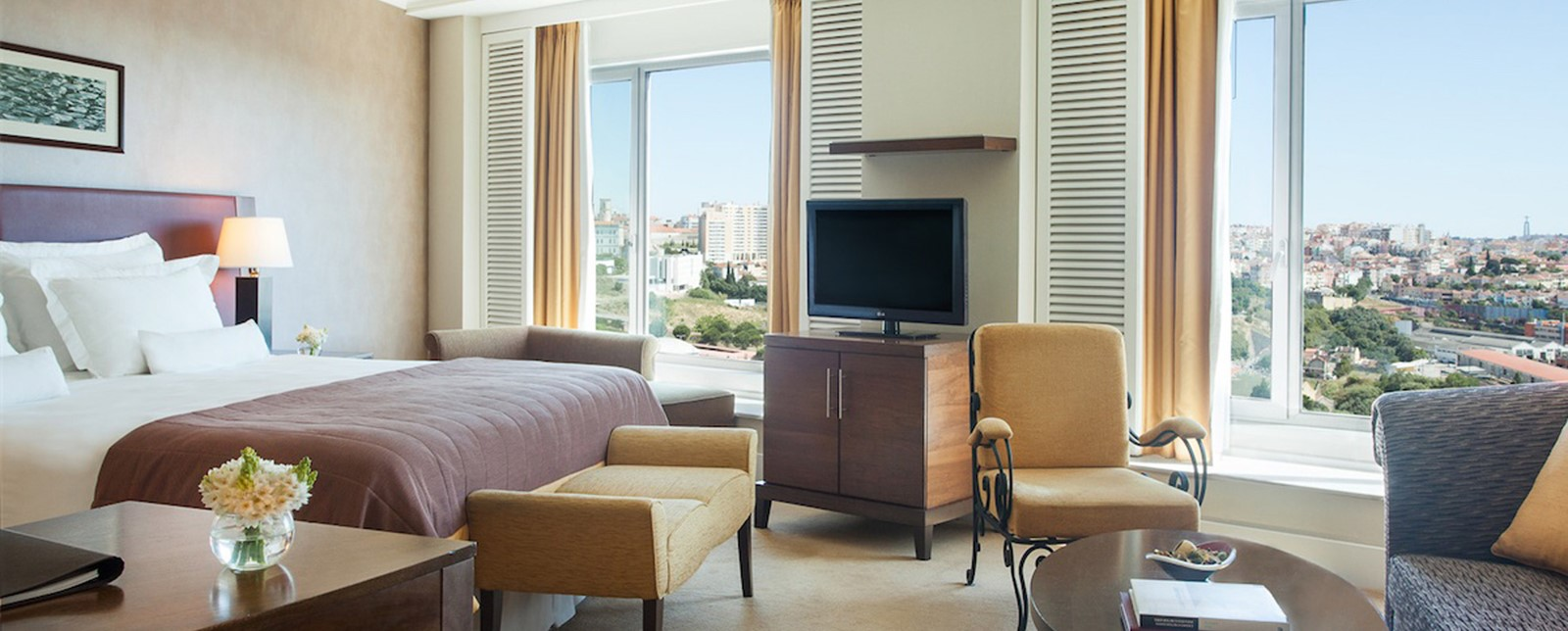 Corinthia Lisbon Executive Junior Suite