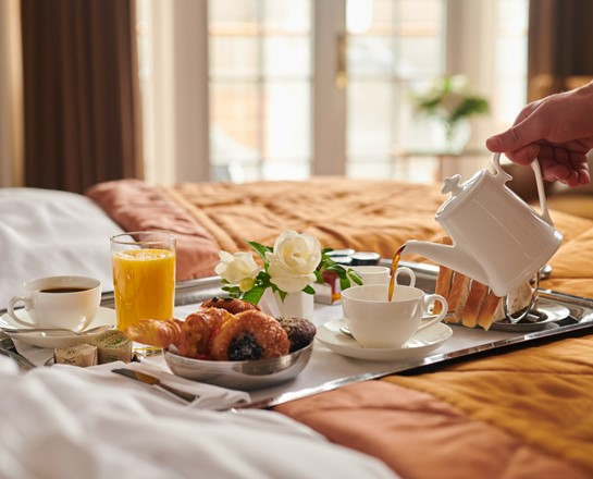 corinthia hotels breakfast bed
