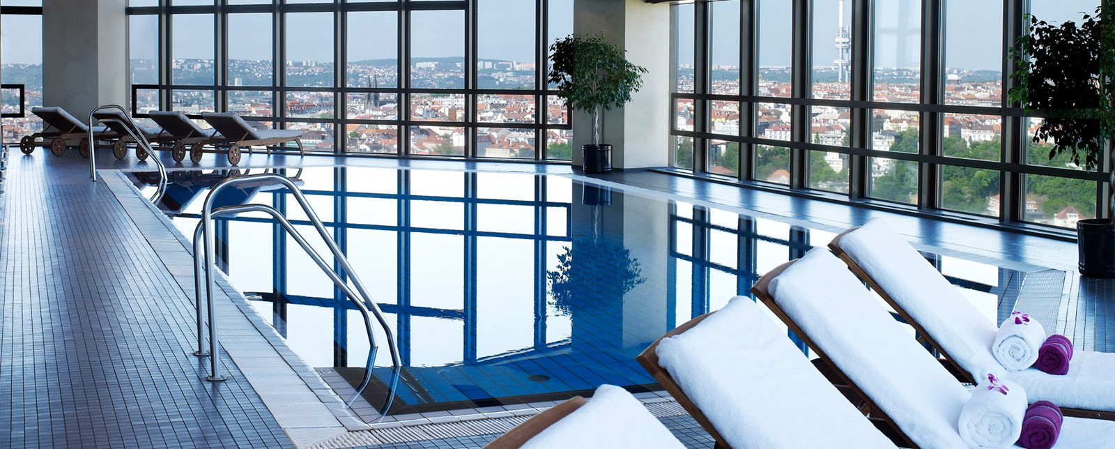 Corinthia Prague Swimmin pool